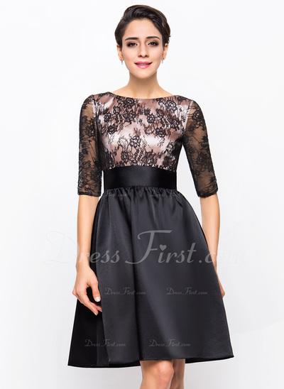 A-Line/Princess Scoop Neck Knee-Length Charmeuse Lace Cocktail Dress (016055942)