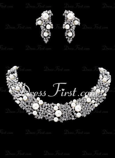 Attractive Alloy/Pearl With Rhinestone Ladies' Jewelry Sets (011019370)