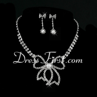 Gorgeous Alloy/Pearl With Rhinestone Ladies' Jewelry Sets (011027190)
