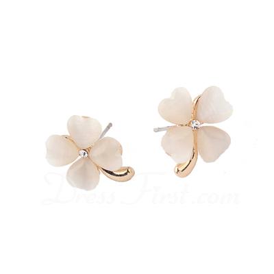 Elegant Alloy With Rhinestone Ladies' Earrings (011038851)
