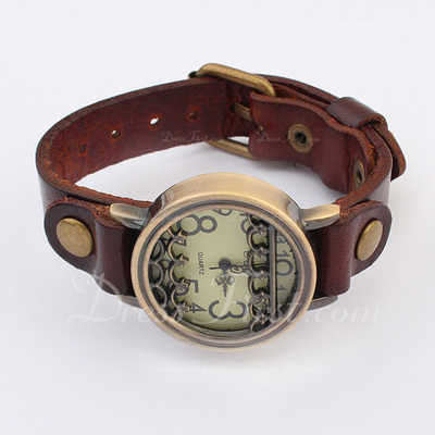 Vintage Style Watch (129054689)