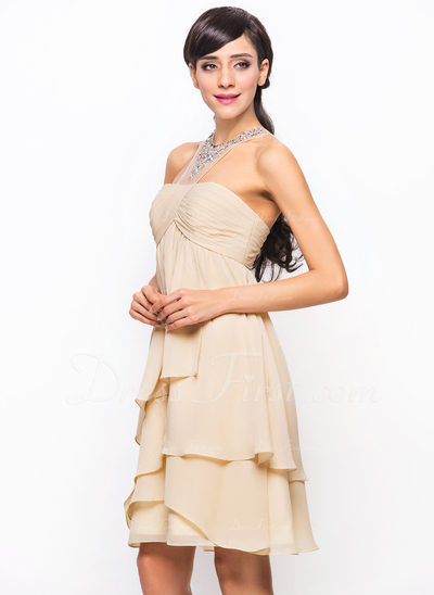 A-Line/Princess Scoop Neck Knee-Length Chiffon Cocktail Dress With Ruffle Beading Sequins (016055935)