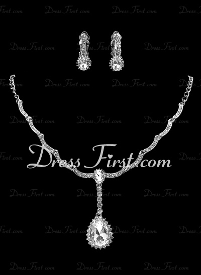 Classic Alloy With Crystal Ladies' Jewelry Sets (011019364)