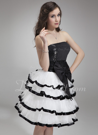 A-Line/Princess Strapless Knee-Length Organza Homecoming Dress With Bow(s) Cascading Ruffles (022018802)