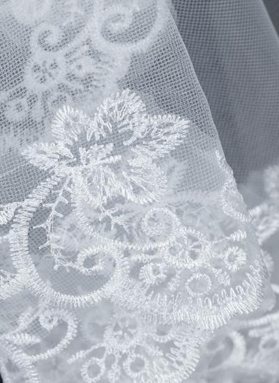 One-tier Waltz Bridal Veils With Lace Applique Edge (006034186)