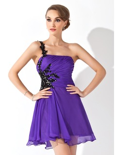 A-Line/Princess One-Shoulder Short/Mini Chiffon Homecoming Dress With Ruffle Beading Appliques Lace Sequins