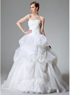 Ball-Gown Sweetheart Chapel Train Organza Satin Wedding Dress With Lace Beading