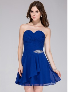 A-Line/Princess Sweetheart Short/Mini Chiffon Homecoming Dress With Ruffle Beading
