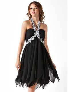 Empire Halter Knee-Length Chiffon Homecoming Dress With Ruffle Beading Appliques
