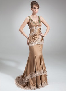 Trumpet/Mermaid Scoop Neck Court Train Charmeuse Mother of the Bride Dress With Ruffle Beading Appliques Lace Sequins