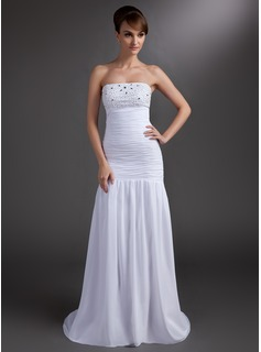 Trumpet/Mermaid Strapless Court Train Chiffon Holiday Dress With Ruffle Beading