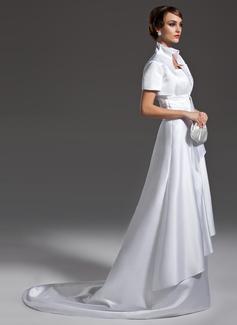 Corte A/Princesa Escote ondulado Cola corte Satén Vestido de novia con Volantes