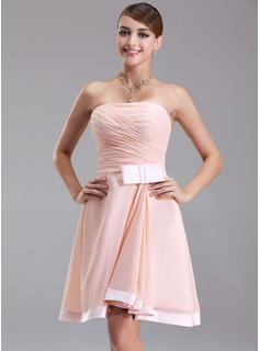 A-Line/Princess Strapless Knee-Length Chiffon Charmeuse Homecoming Dress With Ruffle