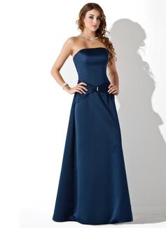 Çan/Prenses Askısız Uzun Etekli Satin Nedime Elbisesi Ile Büzgü Boncuklama