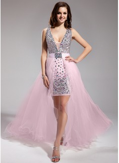 Vestidos princesa/ Formato A Decote V Assimétrico Destacável De chiffon Tule Vestido de baile com Bordado