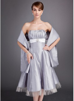 A-Line/Princess Sweetheart Tea-Length Taffeta Bridesmaid Dress With Ruffle Sash Crystal Brooch