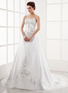 Forme Princesse Sans bretelle Traîne chappelle Organza Satiné Robe de mariée avec Broderie Emperler