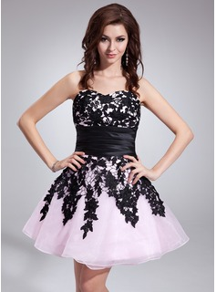 A-Line/Princess Sweetheart Short/Mini Taffeta Organza Homecoming Dress With Lace Sash