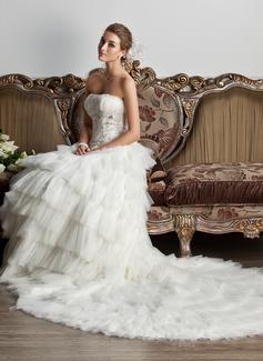 Balklänning Axelbandslös Chapel släp Tyll Bröllopsklänning med Rufsar Spetsar Pärlbrodering Paljetter