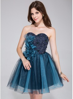 A-Line/Princess Sweetheart Short/Mini Tulle Homecoming Dress With Beading Flower(s)