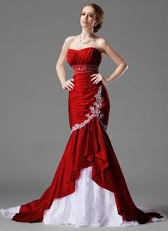 Trumpet/Mermaid Sweetheart Chapel Train Taffeta Lace Wedding Dress With Beading Cascading Ruffles