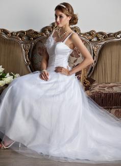 A-linjeformat Hjärtformad Court släp Tyll Bröllopsklänning med Rufsar Blomma (or)