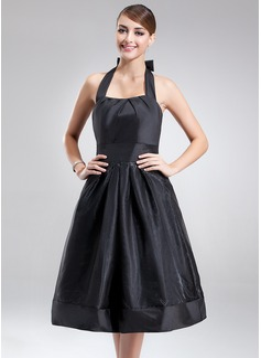 A-Line/Princess Halter Knee-Length Taffeta Organza Bridesmaid Dress With Ruffle Bow(s)