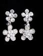 Flower Shaped Alloy/Rhinestones Women's Jewelry Sets (011028354)