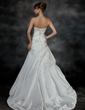 A-Line/Princess Strapless Court Train Taffeta Wedding Dress With Ruffle Beading (002017200)
