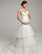 Trumpet/Mermaid Sweetheart Court Train Tulle Wedding Dress With Ruffle Beading Appliques Lace (002017550)