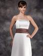 Forme Princesse Sans bretelle Longueur ras du sol Satiné Robe de demoiselle d'honneur avec Plissé Ceintures (007001774)