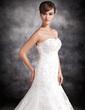 Trumpet/Mermaid Sweetheart Chapel Train Satin Organza Wedding Dress With Beading Appliques Lace (002016902)