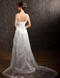 A-Line/Princess V-neck Court Train Tulle Wedding Dress With Appliques Lace (002011633)