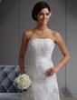 A-Line/Princess Strapless Chapel Train Lace Wedding Dress (002022680)