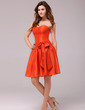 A-Line/Princess Sweetheart Knee-Length Taffeta Homecoming Dress With Bow(s) (022013968)