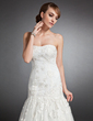 Trumpet/Mermaid Sweetheart Court Train Tulle Wedding Dress With Appliques Lace (002015135)