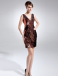 Sheath/Column V-neck Short/Mini Sequined Cocktail Dress (016008425)
