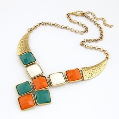 Exquisite Alloy With Imitation Stones Women's Fashion Necklace