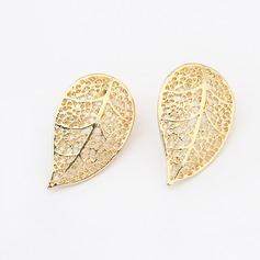 Leaves Shaped Alloy Women's Fashion Earrings